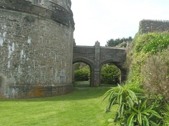 st mawes castle grounds