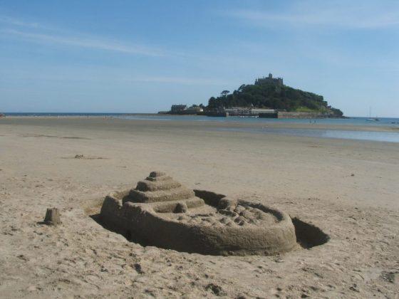sandcastle, marazion