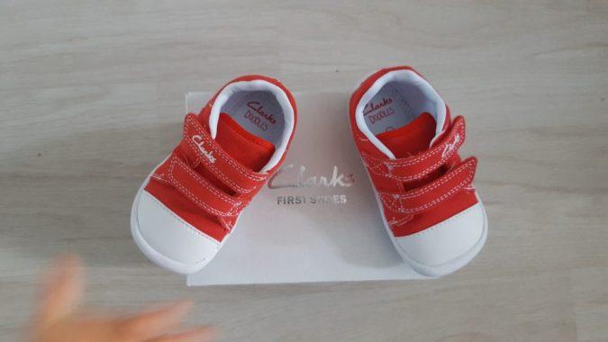 jensons new shoes_doodles clarks
