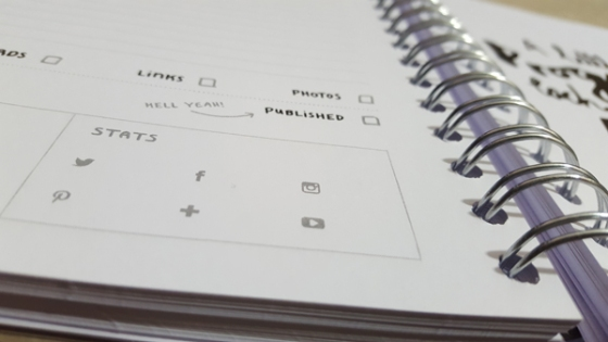 Review of The Ultimate Blog Planner from Dot Creates