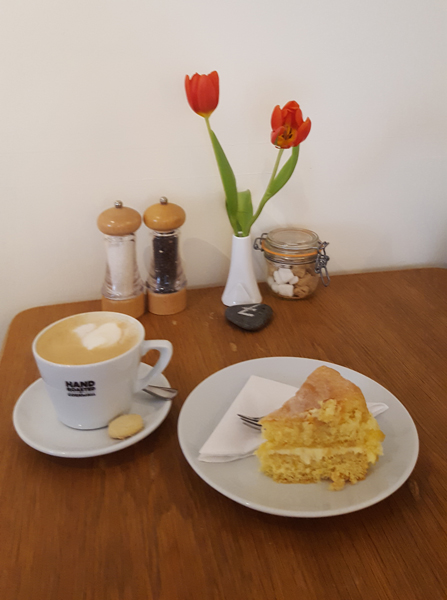coffee and cake at duke street cafe