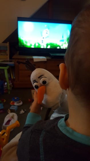 jenson watching frozen