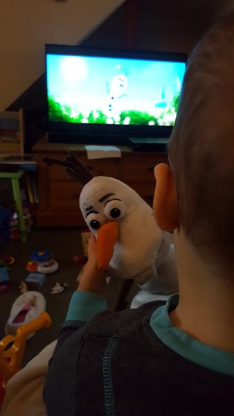 jenson watching frozen