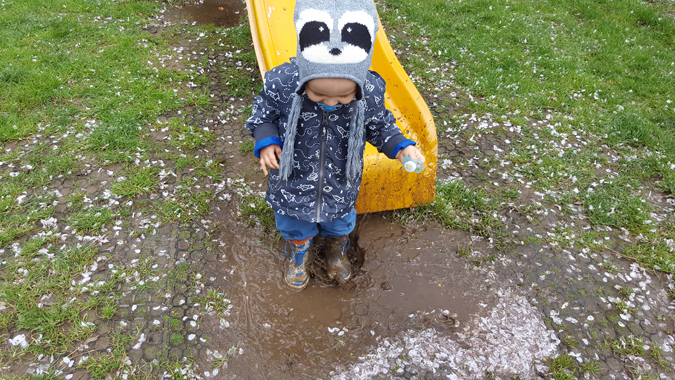 jenson splashing in puddles