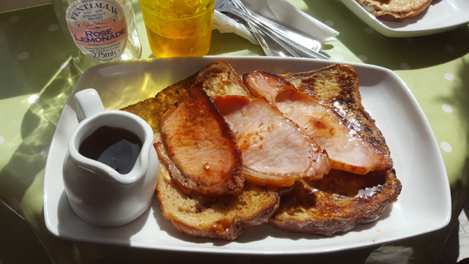 eggy bread and bacon at the quirky bird