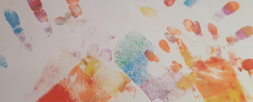 Gilmore Girls Finger Painting And Addictive Reads Littleloves