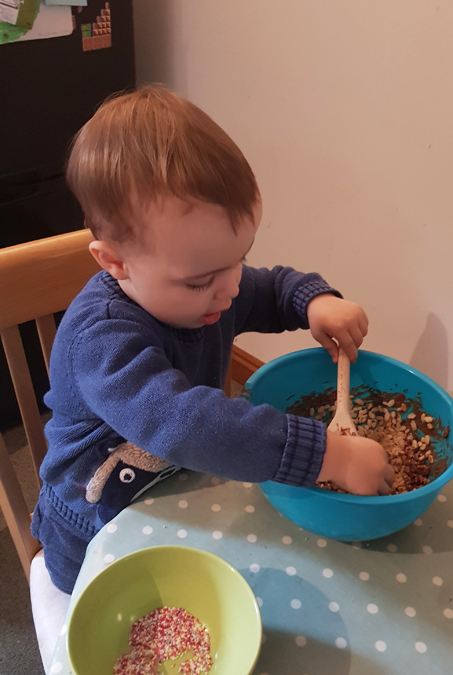 Baking with Jenson - Rice Krispie cakes