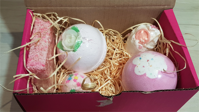 Bomb Cosmetics bath bombs