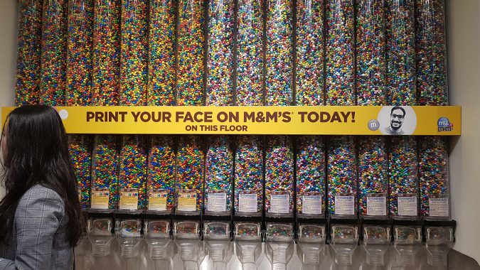 12 hours in London - M&M shop