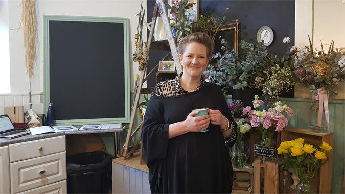 Anna Mansell, writer