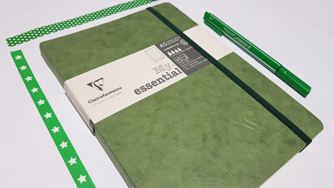 Clairefontaine Age Bag A5 notebook - dot grid bullet journal review