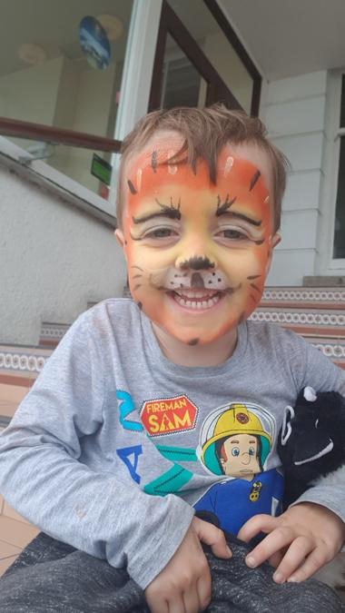 Jenson tiger face paint