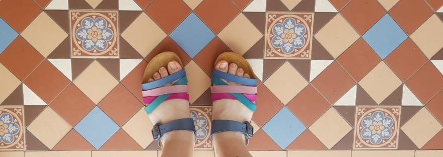 Moshulu sandals